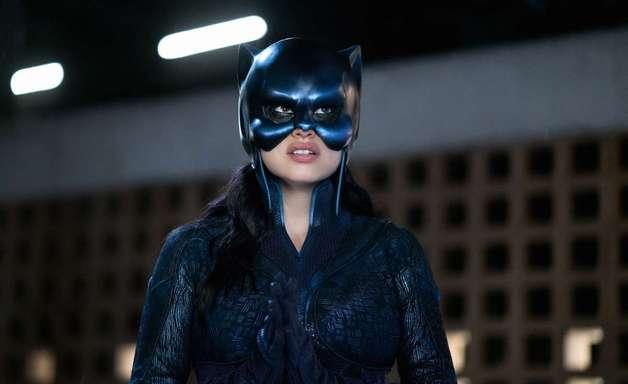 Stargirl | Como morte de personagens afetará Yolanda Montez?