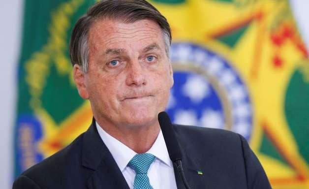 """""""A covid apenas encurtou a vida das pessoas"""", diz Bolsonaro"""