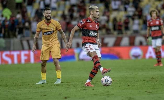 Atuação de Andreas Pereira evidencia profundidade do elenco do Flamengo no meio-campo
