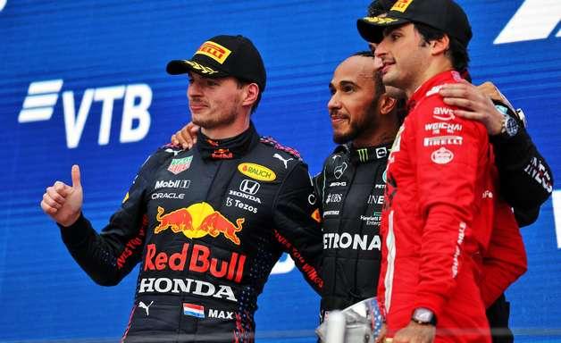 Galeria: confira as imagens da 100ª vitória de Hamilton na F1