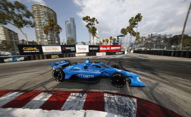 Palou conquista o título da Indy pela primeira vez. Herta vence em Long Beach