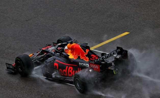 Red Bull F1 teve problemas de pit stop mais uma vez