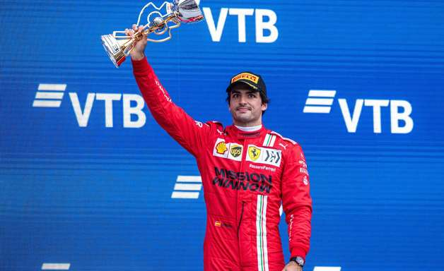 """Sainz: """"Sochi definitivamente foi meu melhor fim de semana com a Ferrari na F1"""""""