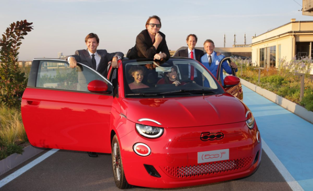 Fiat inaugura museu Casa 500 e maior jardim suspenso da Europa