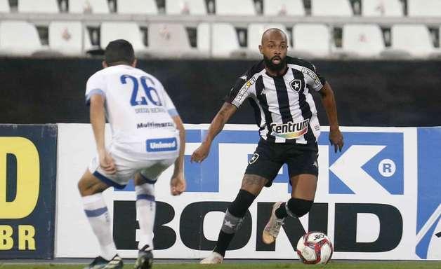 Botafogo leva virada, perde para o Avaí e cai de posição