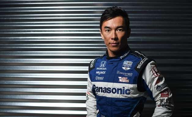 """Sato tem futuro incerto e diz que chance de andar na Indy em 2022 está """"só em 50%"""""""