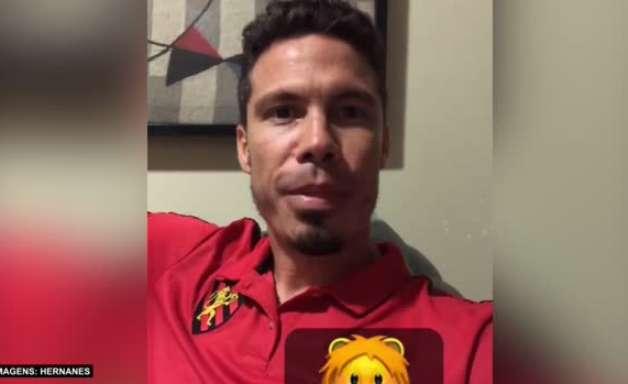 """SPORT: Hernanes explica reação com 'banho de gelo' na partida contra o Juventude: """"Técnica que aprendi com uma psicóloga para quando estiver nervoso"""""""