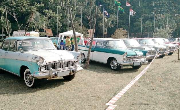 Projeto quer isentar pedágio para carros de coleção em SP