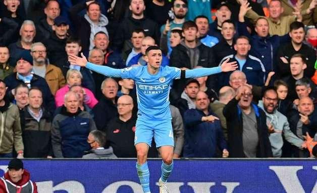 Manchester City acerta renovação de contrato com Phil Foden por mais seis anos
