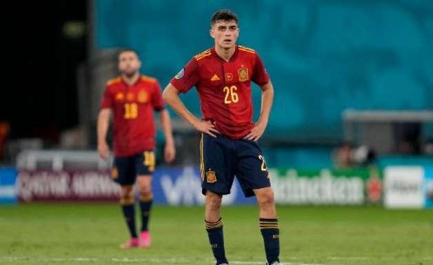 Oficial: Barcelona renova contrato de Pedri até 2026