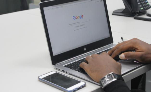 Como registrar um domínio de site [Google Domains]