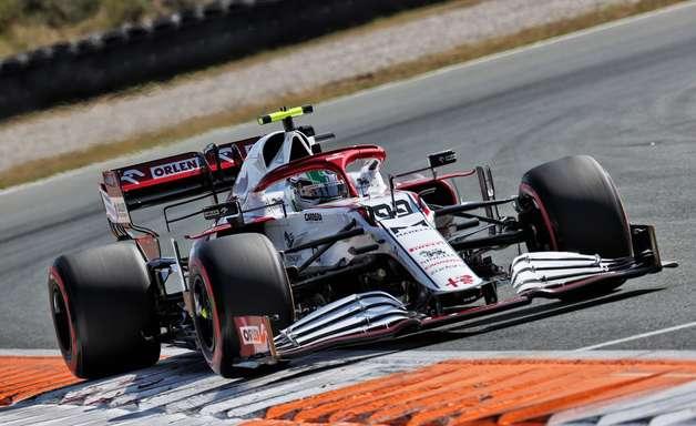 Insatisfação na Alfa Romeo F1 por Giovinazzi não ter atendido ordem da equipe na Turquia