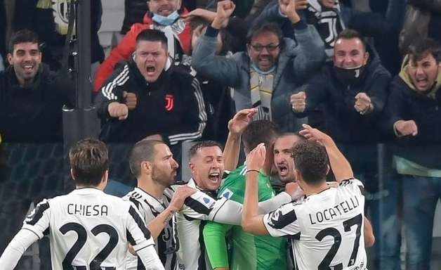 Juventus derruba Roma e fatura 5ª vitória seguida