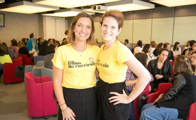 Campanha #meufilhonocurrículo valoriza habilidades desenvolvidas na maternidade