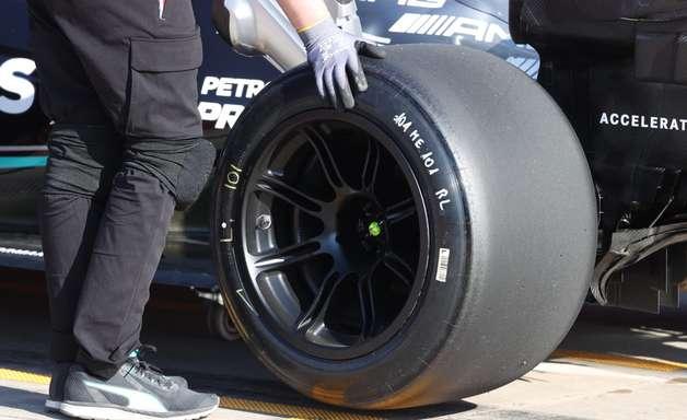 Pirelli testou 30 protótipos nos testes de pneus da F1 para 2022