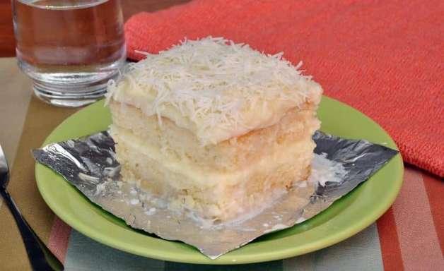 Receitas de bolo de coco molhadinho