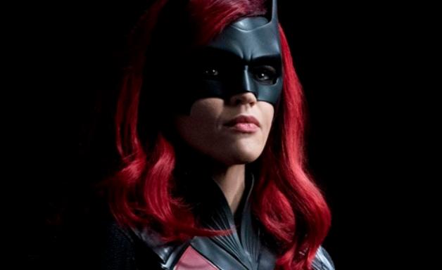 Batwoman: Warner responde graves denúncias feitas por Ruby Rose