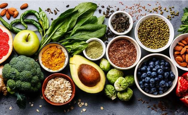 Outubro Rosa: 5 alimentos para prevenir o câncer de mama