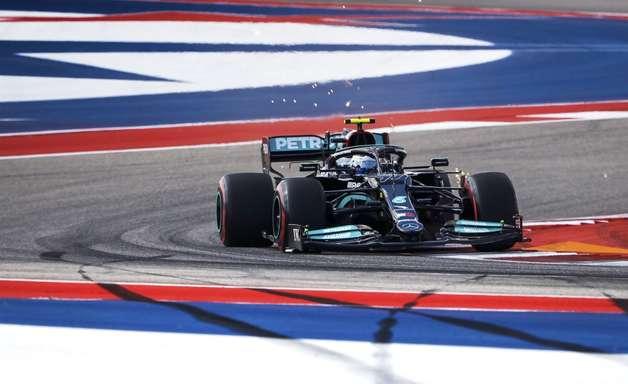 """Bottas se espanta com """"passo à frente"""" da Red Bull e conta com estratégia nos EUA"""