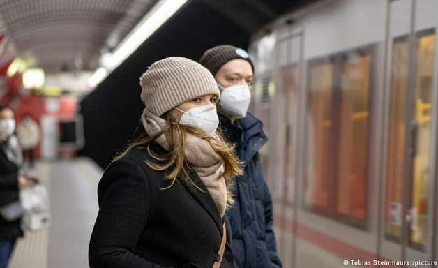 Áustria planeja lockdown para não vacinados contra covid-19