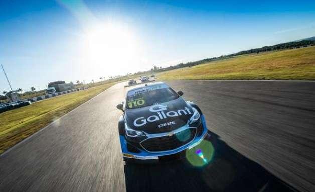 Lapenna supera Salas e lidera TL1 da décima etapa da Stock Car no Velocitta