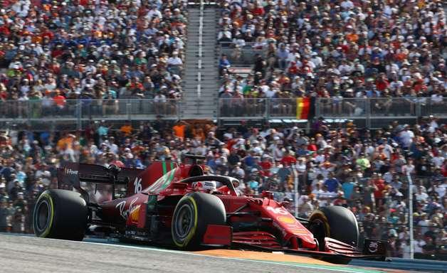 """Leclerc vibra com desempenho nos EUA e brinca: """"Tenho certeza que ninguém me viu"""""""