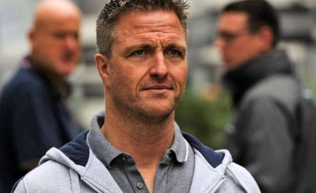 """Schumacher: """"A Red Bull está ligeiramente à frente na F1"""""""