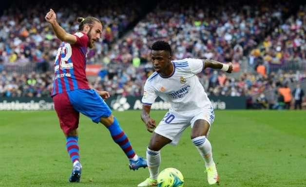 Empresário afirma que Vinícius Júnior torcia para o Barcelona antes de se transferir para o Real Madrid