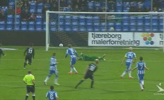 Esbjerg e Copenhague empatam em 2 a 2 em jogo de golaços