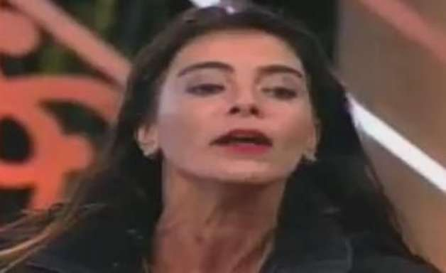 """""""Cobra Venenosa"""": Heloisa e Felipeh brigam feio em votação"""