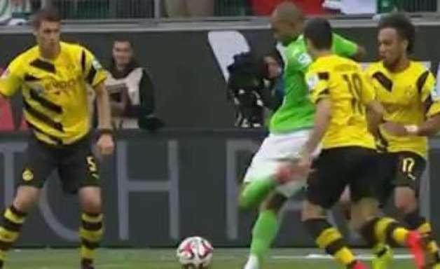 Veja lances de Wolfsburg 2 x 1 B. Dortmund pelo Alemão