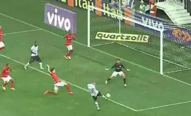 Brasileirão: veja lances de Corinthians 2 x 1 Internacional
