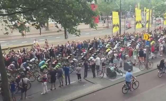 Queda durante Tour de France viraliza na internet