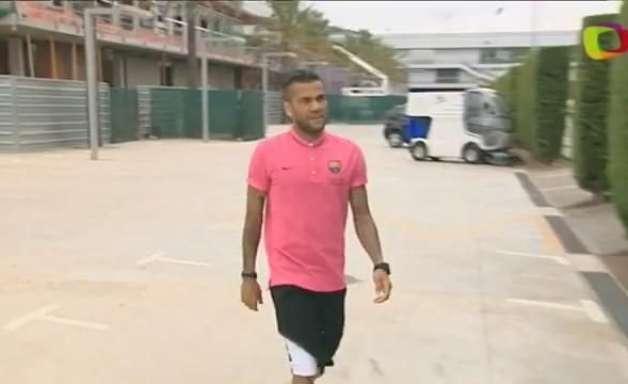 Daniel Alves deve ao fisco espanhol 1,3 milhão de euros
