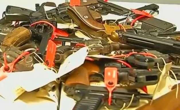 Australianos entregam mais de 51 mil armas de fogo ilegais em anistia