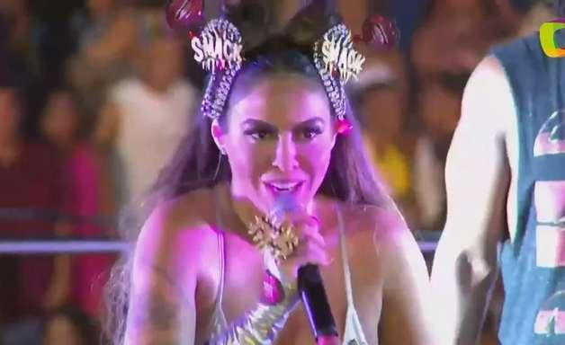 """Alinne Rosa manda recado: """"Sai machista, sai homofóbico"""""""