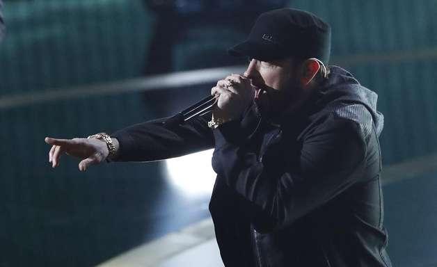 Por que Eminem cantou no Oscar 17 anos após dizer 'não'