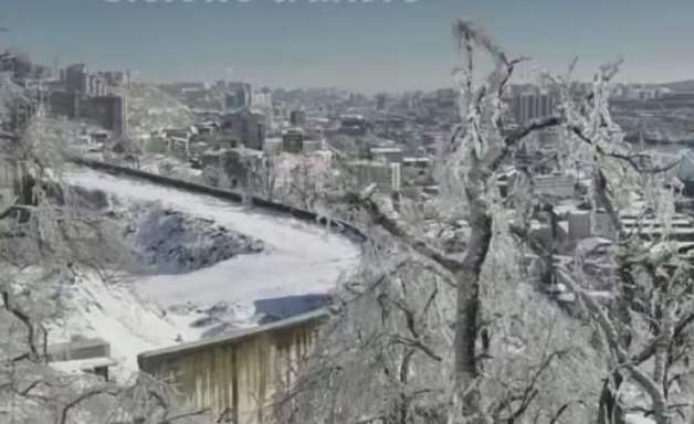 Ciclone transforma parte da Rússia em cidade de gelo