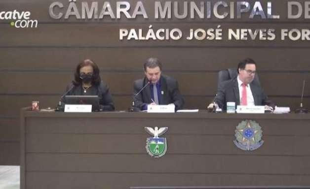 Mudanças em secretarias municipais são discutidas em sessão na Câmara
