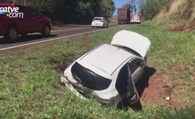 Mãe e filha ficam feridas em acidente de trânsito na PR 180 em Cascavel