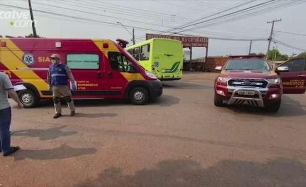 Ciclista de 23 anos fica ferido em acidente de trânsito no Bairro Cataratas