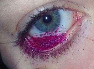Imagens de objetos nos olhos fazem sucesso no Instagram
