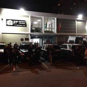 Bloco em SP tem cinco baleados em tentativa de assalto