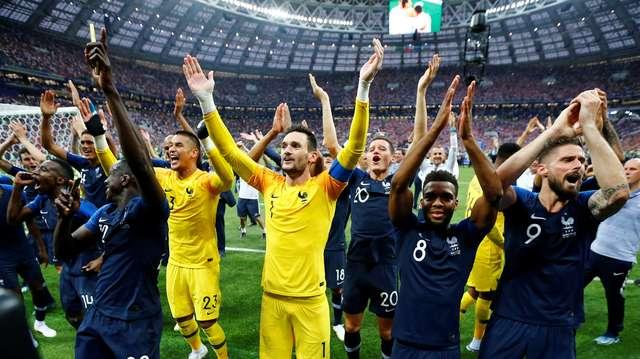 fc-25-reuters-darren-staples-franceses COPA DO MUNDO: FRANÇA É A DONA DO PLANETA BOLA Esportes