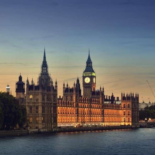 Casa do Parlamento: recebe 703.255 visitantes por ano