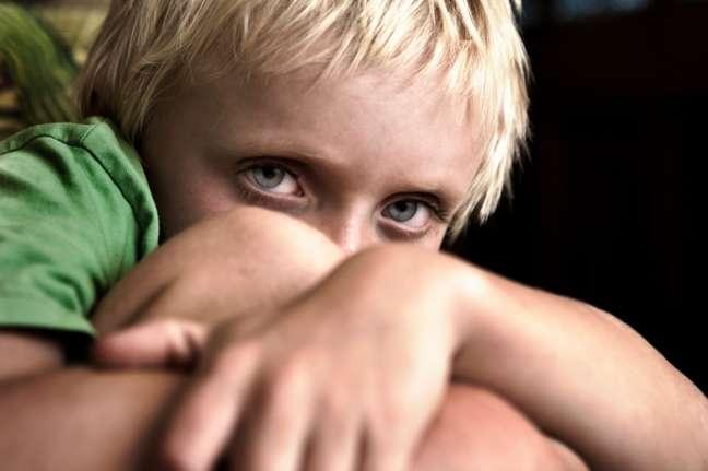Crianças que viviam nas casas expostas à uma quantidade maior de poluição tinham três vezes mais chances de ter autismo