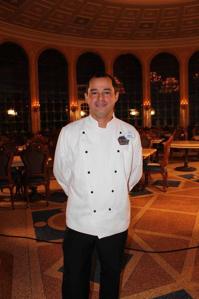 Chef mineiro Marco Chaves trabalha na Disney há 17 anos