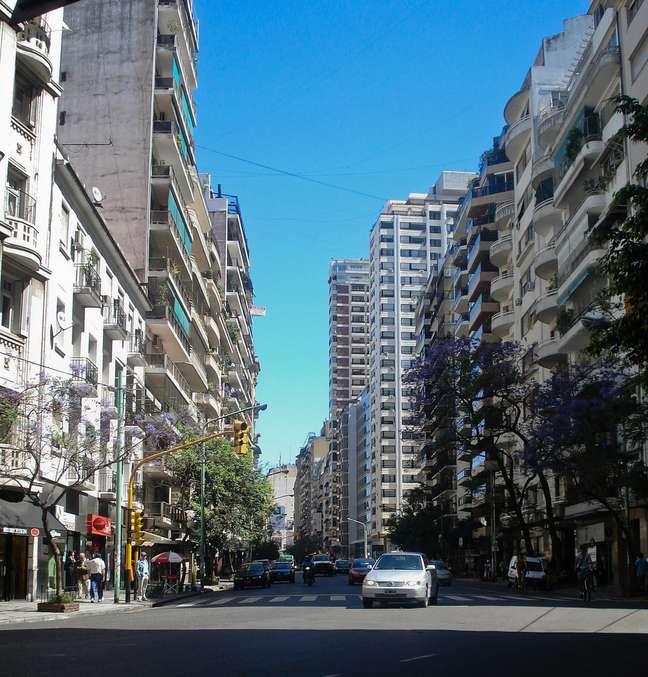 O bairro da Recoleta surgiu como um retiro religioso, mas hoje é sinônimo de elegância, sendo uma das regiões mais nobres da capital argentina