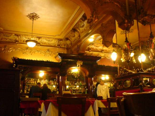 O La Opera é, provavelmente, o bar mais famoso da Cidade do México e um dos bons lugares para se beber tequila na capital
