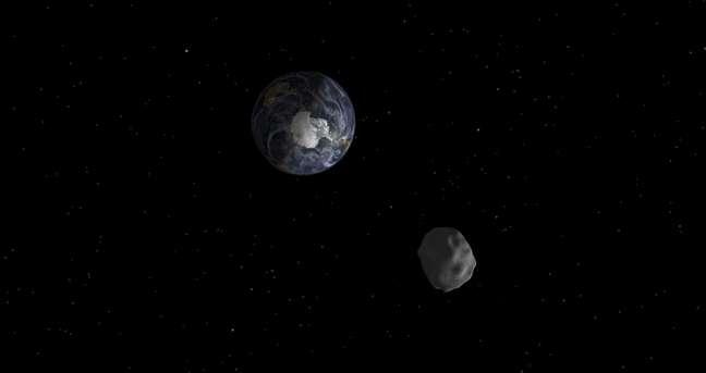 <p>Nasa divulgou imagem de simulação da passagem do asteroide 2012 DA14. Agência vai monitorar o asteroide</p>